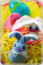 Click here to make sock rabbit baby bunnies for your Easter egg hunts this year...