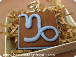 Make a Capricorn symbol art charm with this polymer clay tutorial...