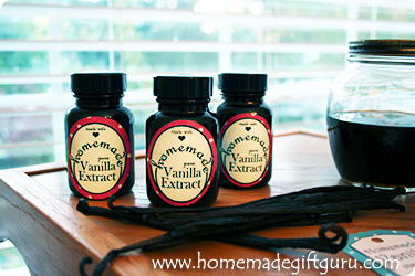 Here are some 2 oz jars of homemade vanilla extract that I'll be giving away for homemade Christmas gifts this year!