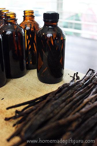 How to Make Vanilla Extact and Where to Get the Best Vanilla Beans. www.homemadegiftguru.com