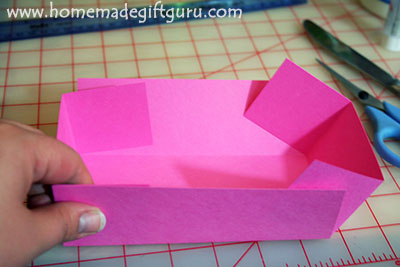 Make gift boxes: fold and assemble your DIY gift box