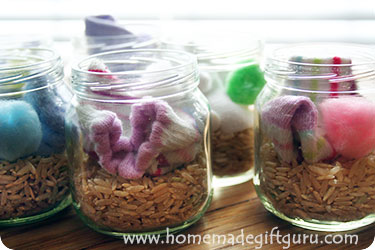 Single sock buuny craft kit gifts in a jar...