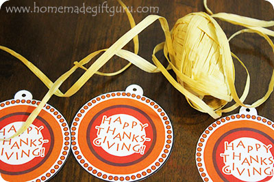 Happy Thanksgiving! These Thanksgiving printables are super fun and make any Thanksgiving gift ideas a breeze...