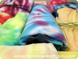 Get great results with these tips, instructions and tie dye technique ideas...