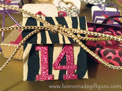 14 days untill you are my Valentine! Valentine countdowns made easy with free printable templates by www.homemadegiftguru.com