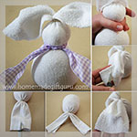 Sock bunnies make cute Easter gift ideas... Somebunny LOVES you!