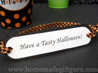 Our Halloween tags are an quick and easy way to make last minute Halloween gifts...
