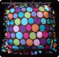 If you like easy Christmas craft gift ideas, check out this no-sew fleece pillow cover tutorial. Watch as I make one in less than 30 minutes!
