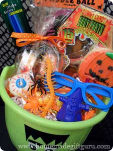 Get a few fun gift basket suggestions for playful and useful Halloween gift baskets. Plus helpful step-by-step instruction for making gift baskets and free Halloween printables.