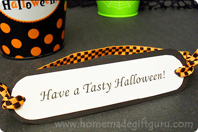Halloween printables make a fun addition to a variety of Halloween candy ideas, homemade Halloween treats and cute Halloween gift ideas!