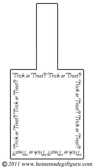 Free printable Halloween gift tag: Trick or Treat. Mat it to a piece of card stock cut a little larger than the tag for a great finishing touch.