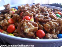 This sweet and salty Halloween popcorn is simply delicious!