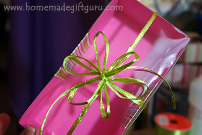 This homemade gift box has a clear lid for a fun and elegant effect!