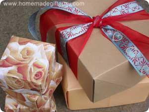 Use these step-by-step origami box instructions to learn how to make awesome homemade gift packaging and adorable homemade gift towers!