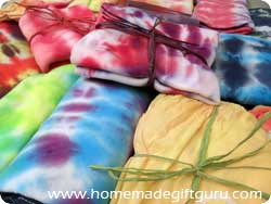 Create fun tie dye patterns for unique homemade gift ideas!