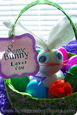 Homemade Easter gift ideas like this easy-to-make sock bunny are so fun!
